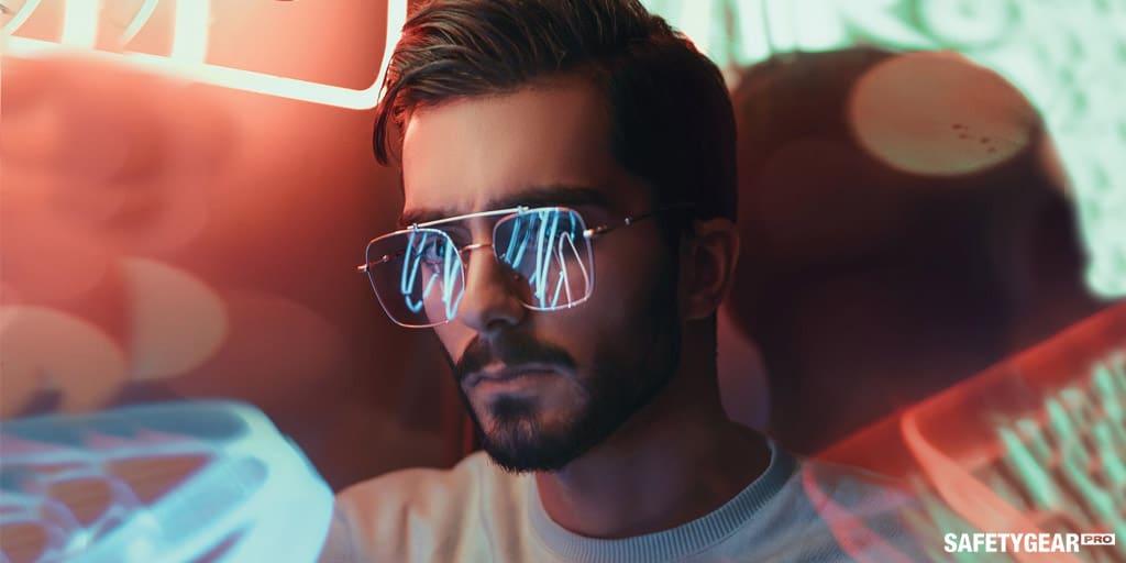 man wearing tinted eyeglasses